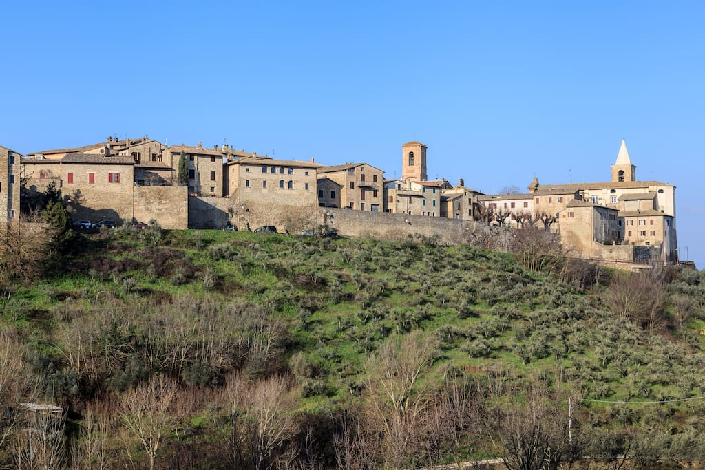 The Etruscan town of Bettona