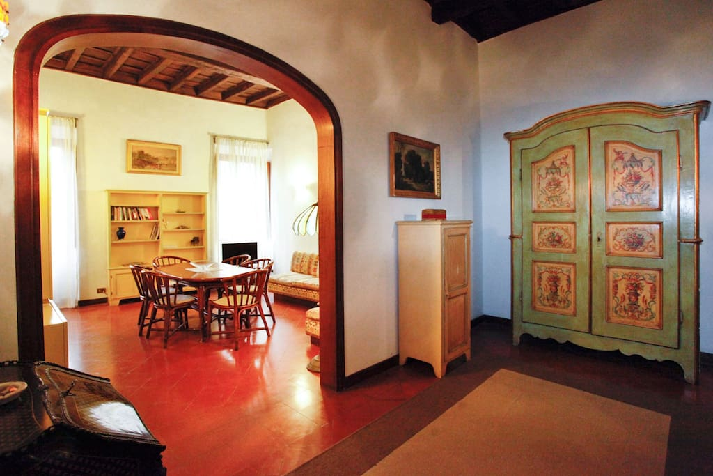 Charming and Spacious near Vatican!