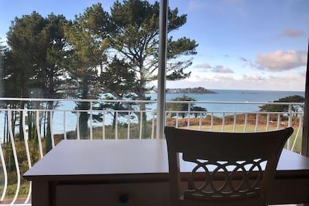 Location vue sur mer et piscine - Plestin-les-Grèves