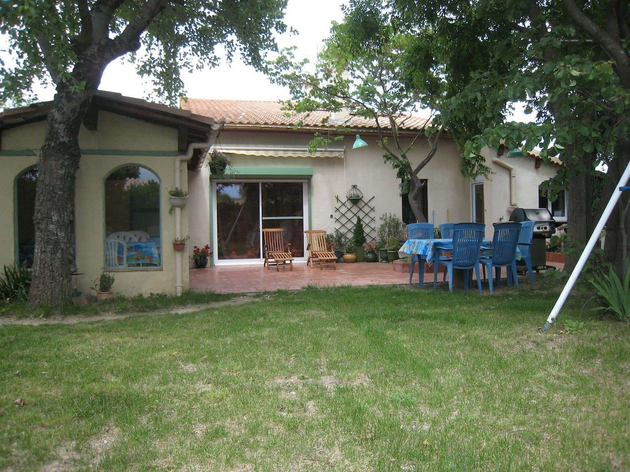 Facade sud - avec Terrasse, Jardin, Barbecue