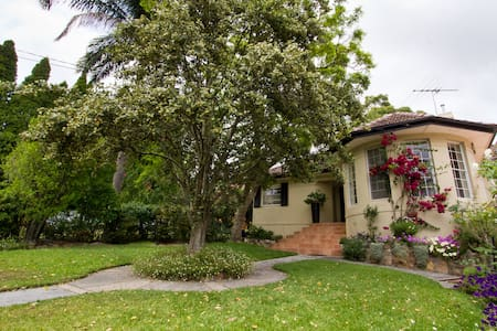 Jacaranda Bed and Breakfast - Manly - Balgowlah