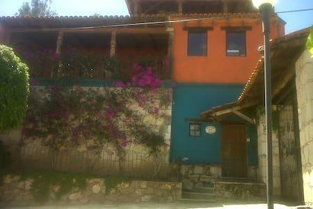 exelente departamento Amueblado con terraza - Lejlighed