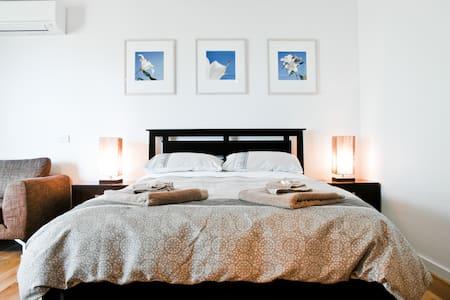 Luxury Studio in Heart of St Kilda - St Kilda - Apartment