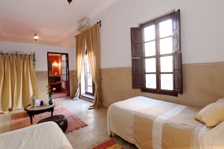 Twin room Saadienne riad sidi ayoub
