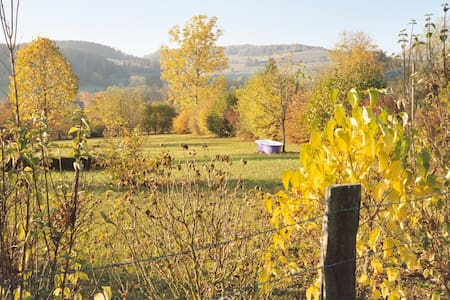 Yoga, Food & Wine - Burgundy. bed 8 - Chailly-sur-Armançon - Hus