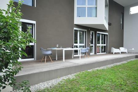 Nella casa dell'Architetto - Costa Volpino