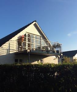 Charmerende hus i Glumsø med skøn beliggenhed - House