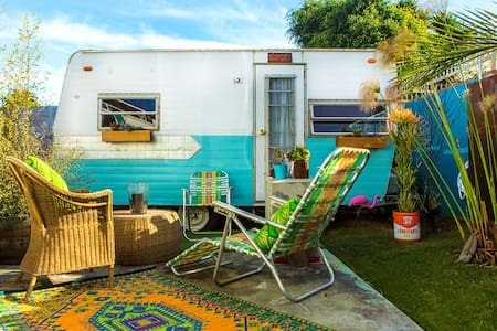 Chic 60s Trailer 5 Blocks to Beach