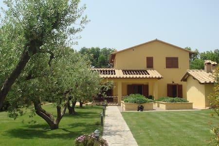 Wonderful Pool Villa in Capalbio - Capalbio - Villa