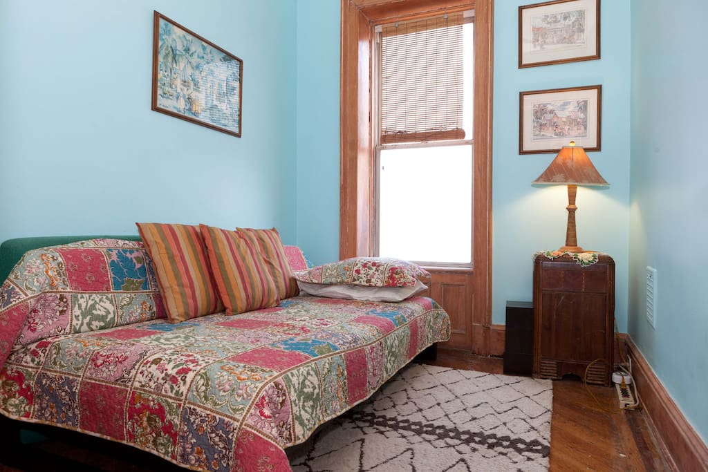 Single bed - east facing