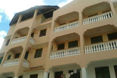 Fully Furnished apartments in center of Mtwapa - Lakás