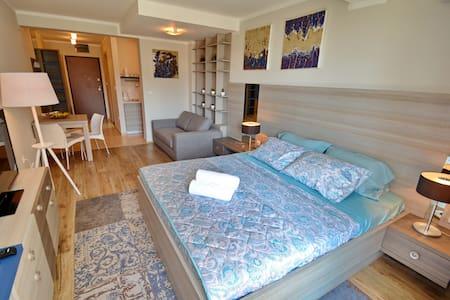 Brand New Apt in Tivat 2 - 아파트