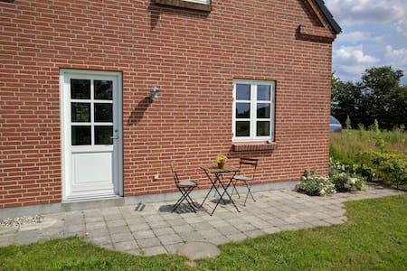 Hyggelig lejlighed i dejlig natur - Guesthouse