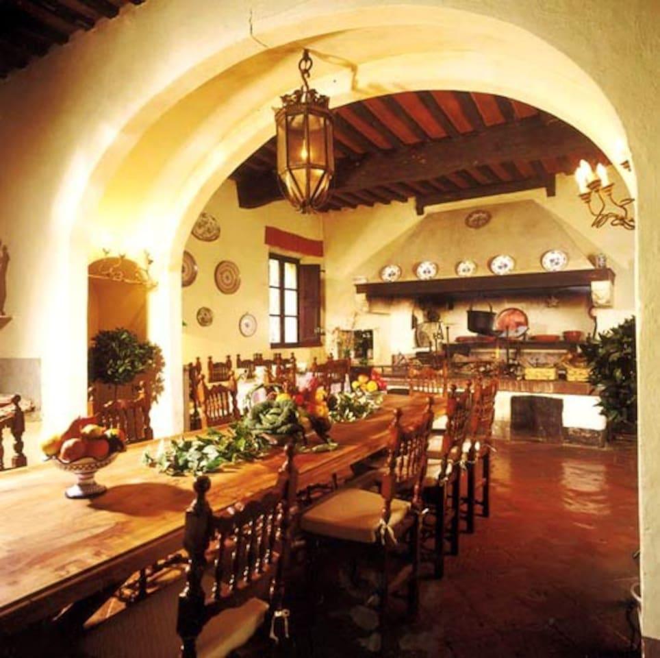 15th century dining room