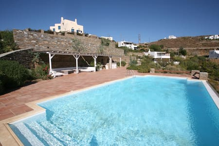 Villa Maria-Nefeli - Andros Greece - Villa