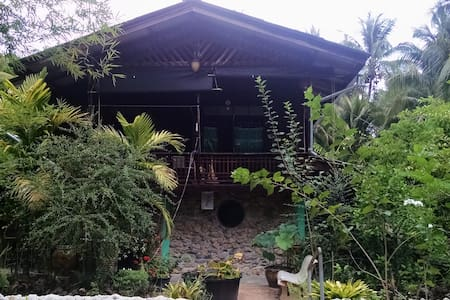 Thai X-ing B&B Chumphon - Bed & Breakfast