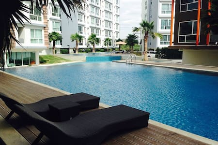 The Idol Condominium Bangsaen Chonburi - Flat