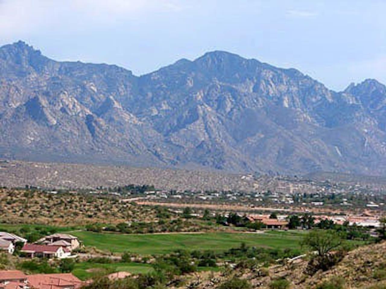 BEAUTIFUL MOUNTAIN VIEWS AS YOU ENTER THE COMMUNITY