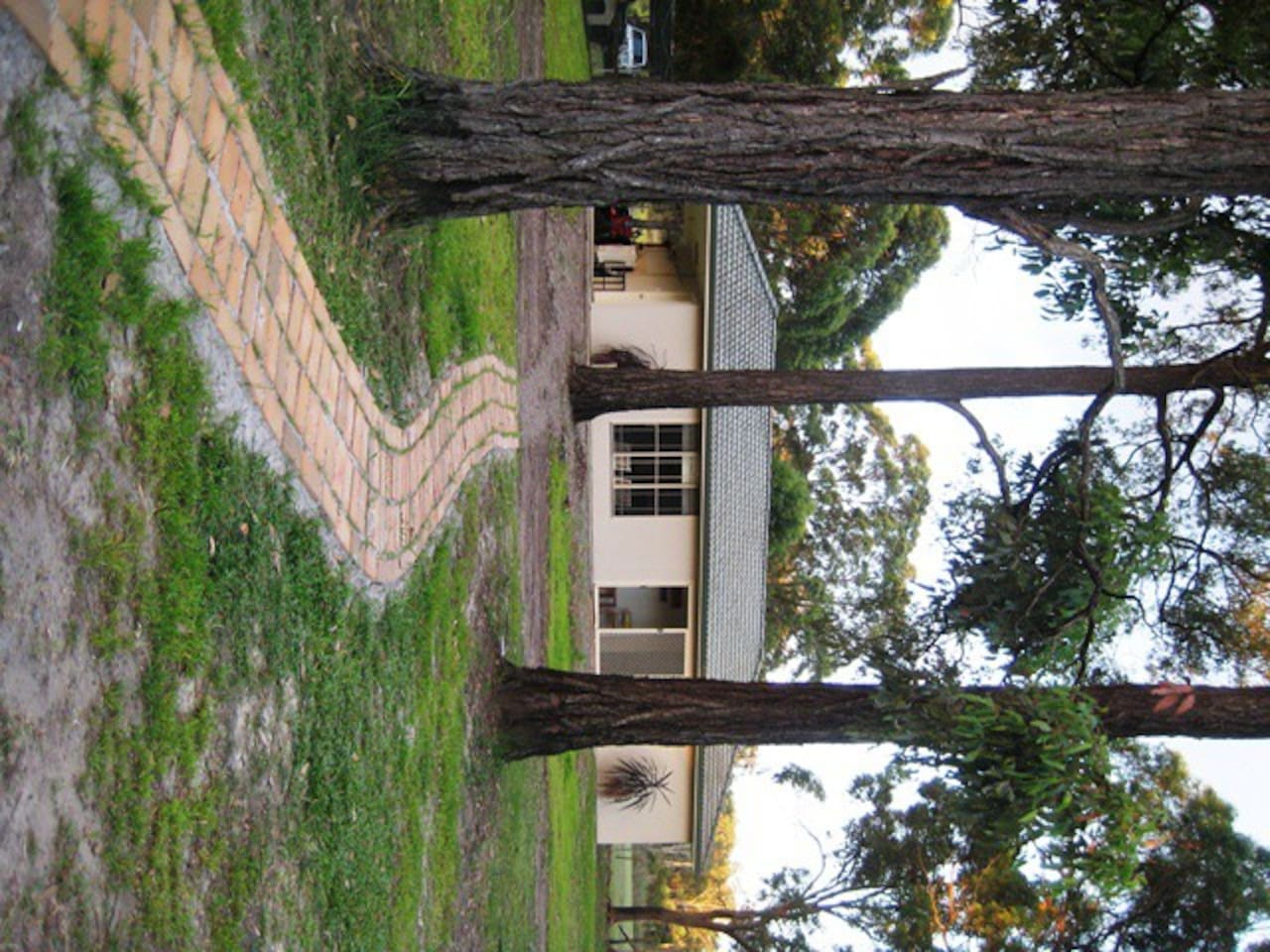 Entrance to Ironbark Cottage