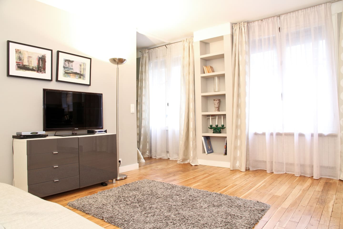 Cosy Living AreaThe apartment looks onto a quiet courtyard, so you are ensured privacy and quiet