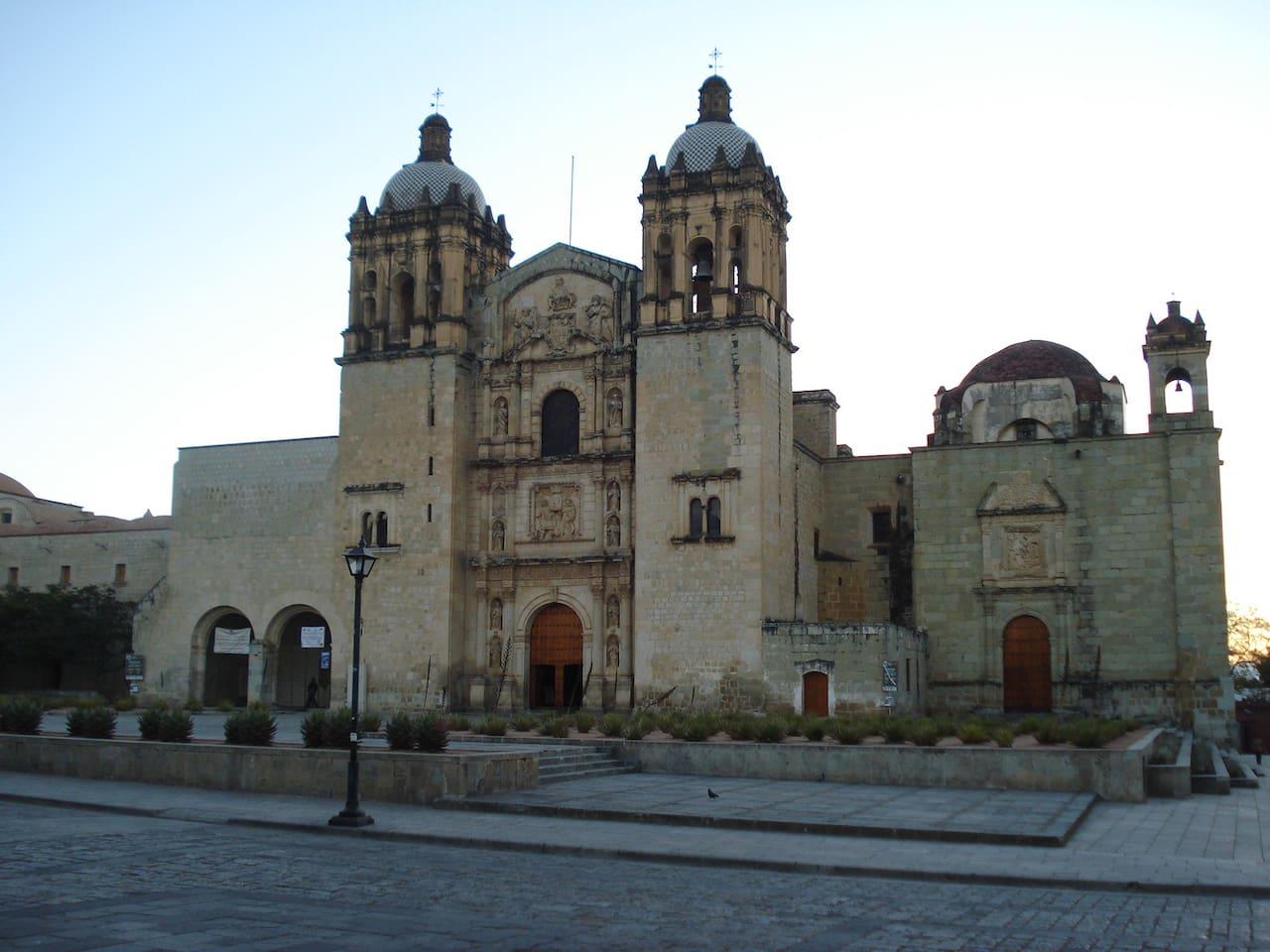 Casa JM de Oaxaca se Ubica a solo una calle de la Iglesia mas emblemática de Oaxaca