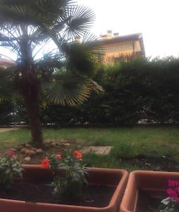 appartamento castelnuovo del garda - Castelnuovo del Garda - Lägenhet