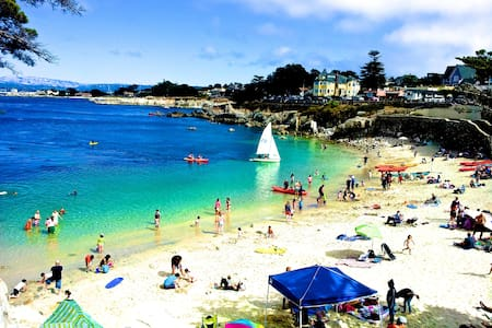 Awesome loc'n, very comfortable 2B2B w/ ocean view - Pacific Grove - Appartamento