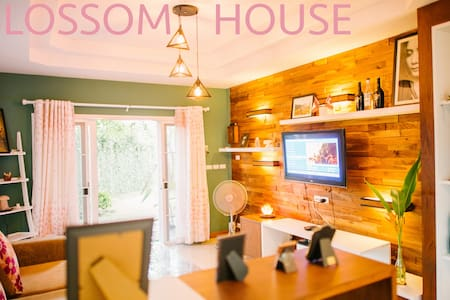BLOSSOM HOUSE - Mueang Chiang Mai District - House