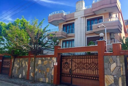 Asfar villa (5 bed rooms) V 1 - Casa de camp