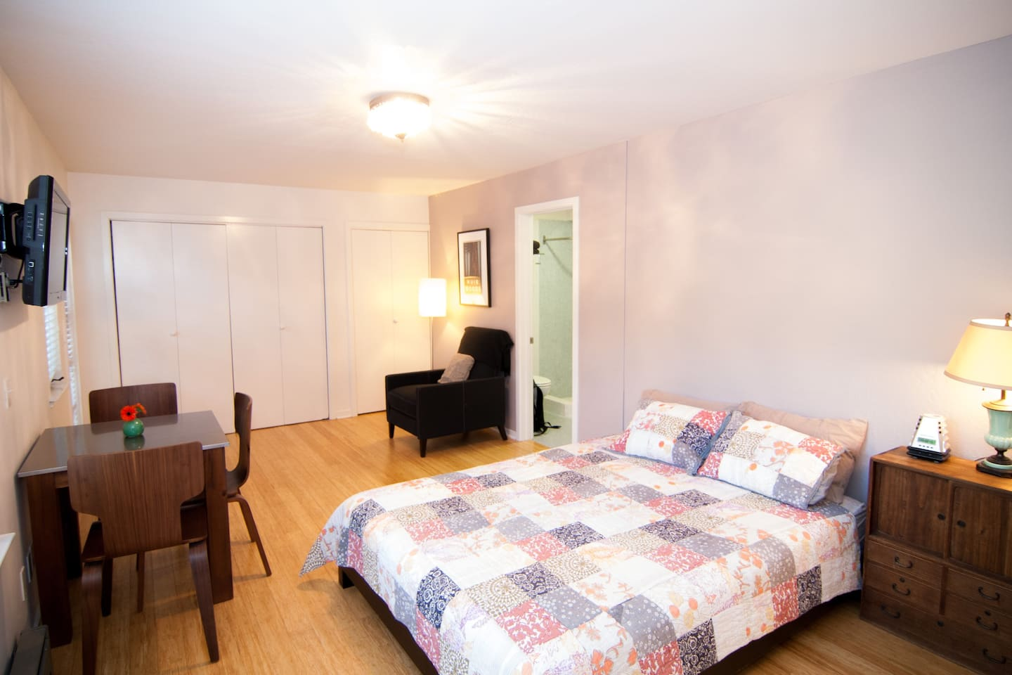 Cozy sweet studio with queen sized bed and queen futon mattress available in closet.