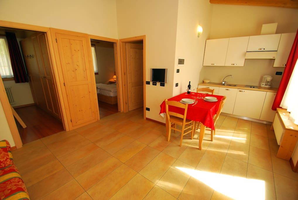 Dolomiti Wellness Resort - Bungalow Chalets - living room - soggiorno