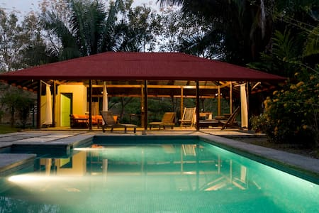The River House provides you with maximum privacy while only a short drive from all the necessities and tourist attractions. If you feel like just relaxing at home, you will love the private 35m2 saltwater pool and pool house guaranteed.