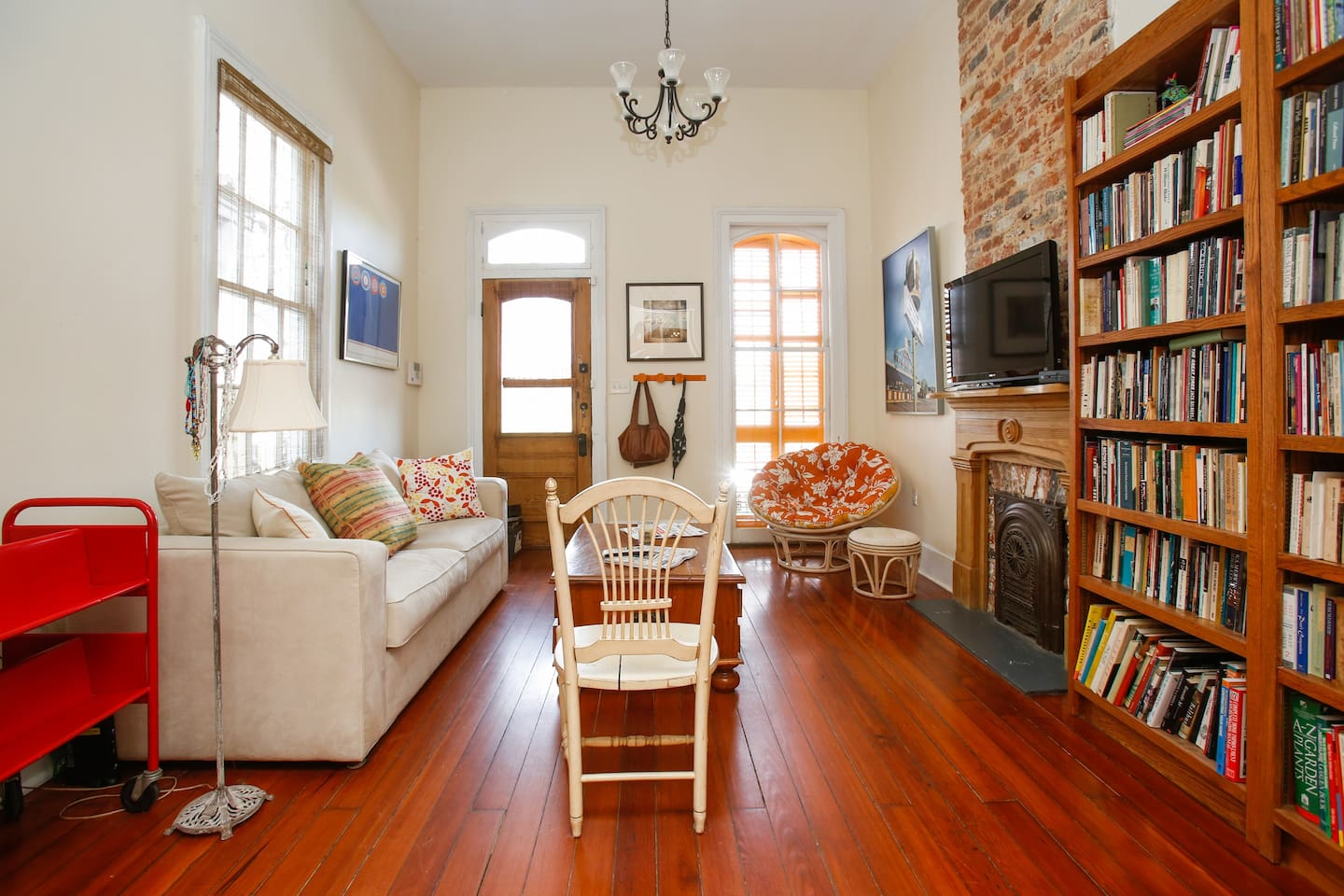 cozy one bedroom nola apartment in new orleans