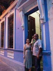 Hostal Cazares #2 - La Habana - Ház