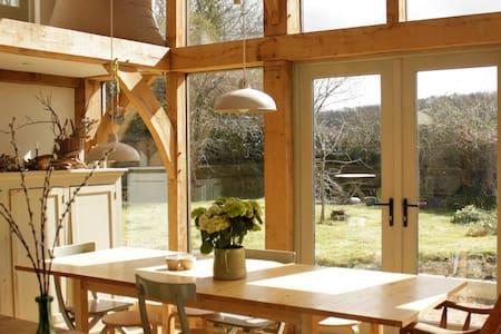 Gorgeous 5 bed cottage, sleeps up to 9 - Dinnington
