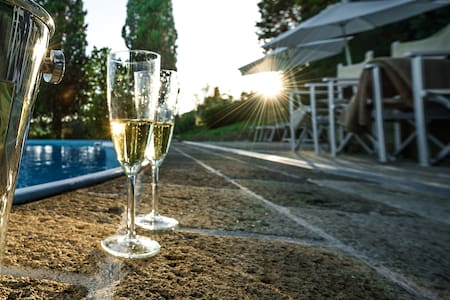 Independent villa - swmming pool - Villa