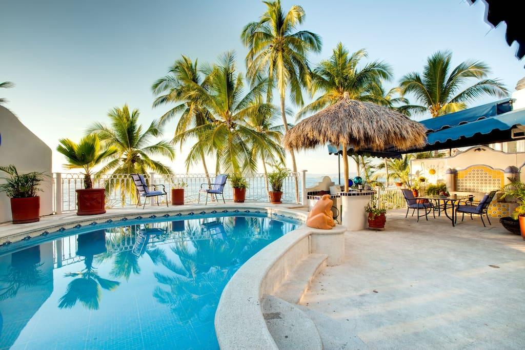 3Bedroom Private Pool Seaside Condo