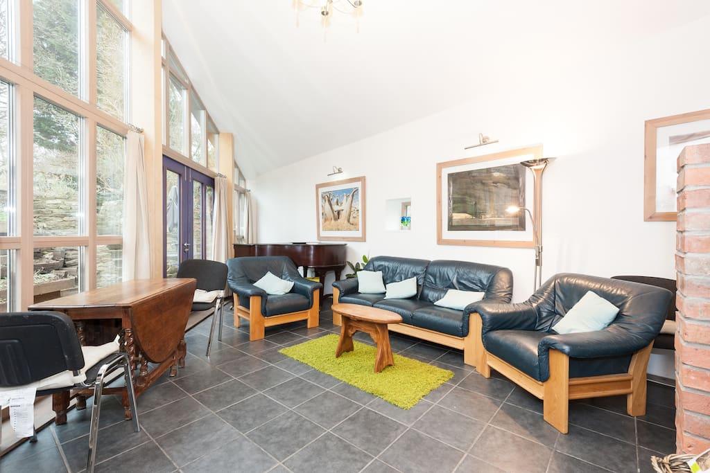 Modern inner city 3 bed eco house