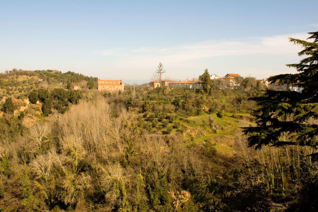 La vista dalle finestre: le colline circostanti
