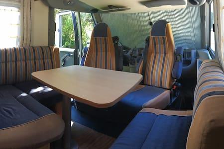 Et pourquoi pas un camping car ;-) - Husbil/husvagn