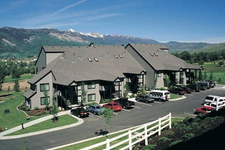 Wolf Creek Resort 1 Bdrm Condos - Villa