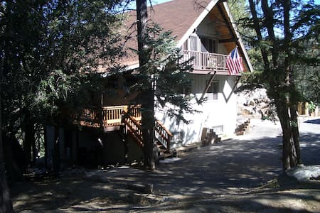 IDYLLWILD-PINE COVE BED & BREAKFAST - Idyllwild-Pine Cove