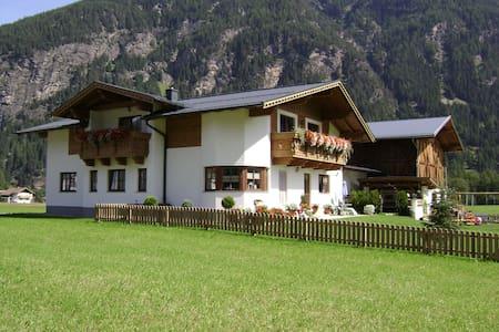 Apartment, 6 pers, Oetztal, Tirol - Lakás