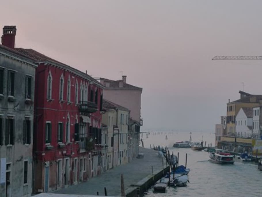 Cannaregio Canal and the view on the Venice lagoon