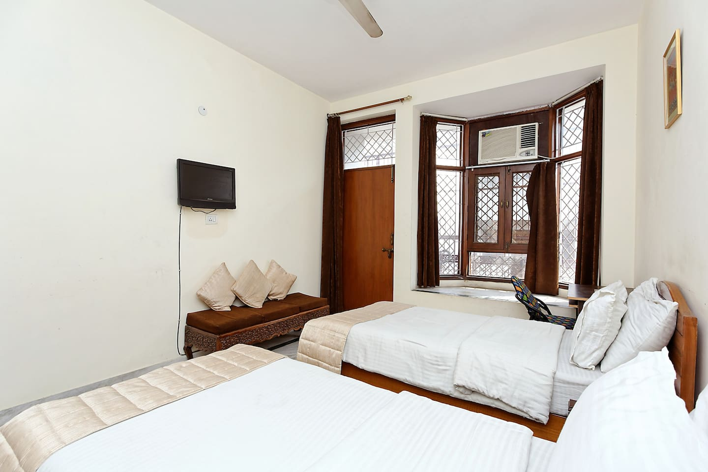 A comfort stay in Noida !!
