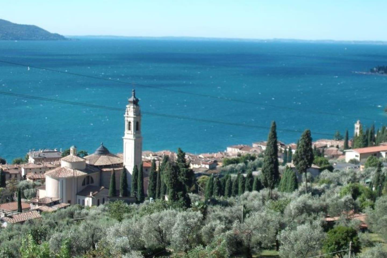 """Il panorama dalla Terrazza sul Garda / Panorama from """"La Terrazza sul Garda"""""""