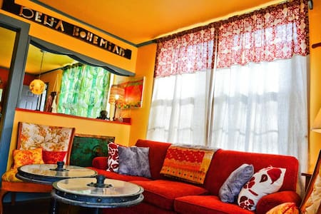 Delta Bohemian Guest House - Hus