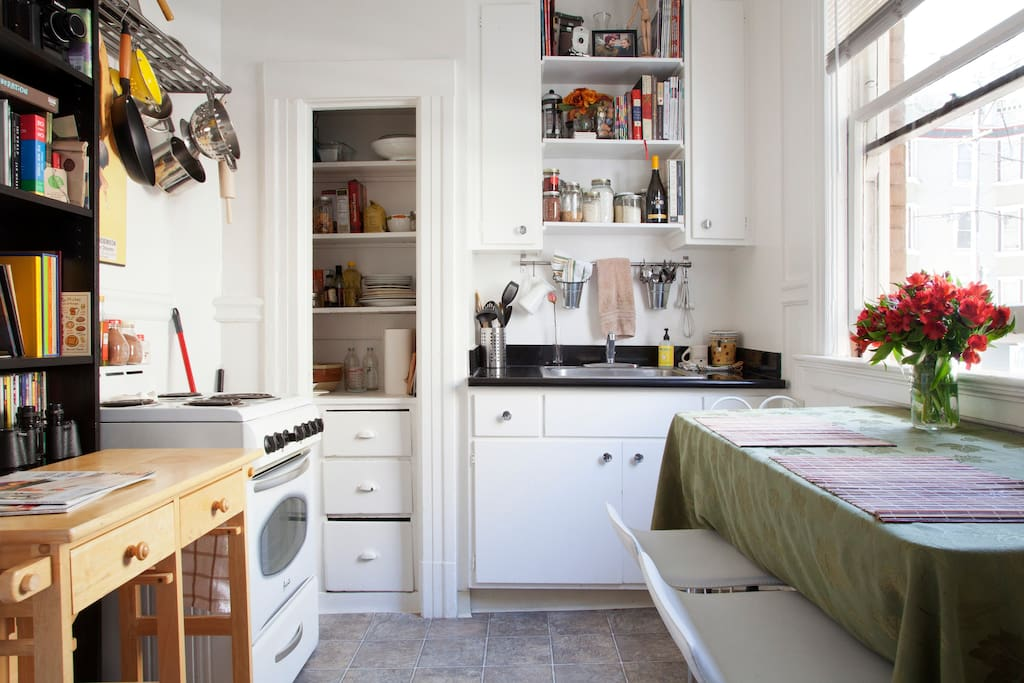 Charming Studio in gorgeous SF