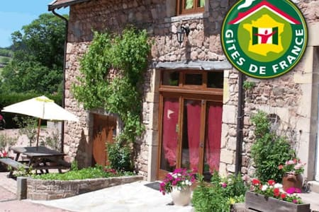 B&B in South Burgundy - green room - Bed & Breakfast
