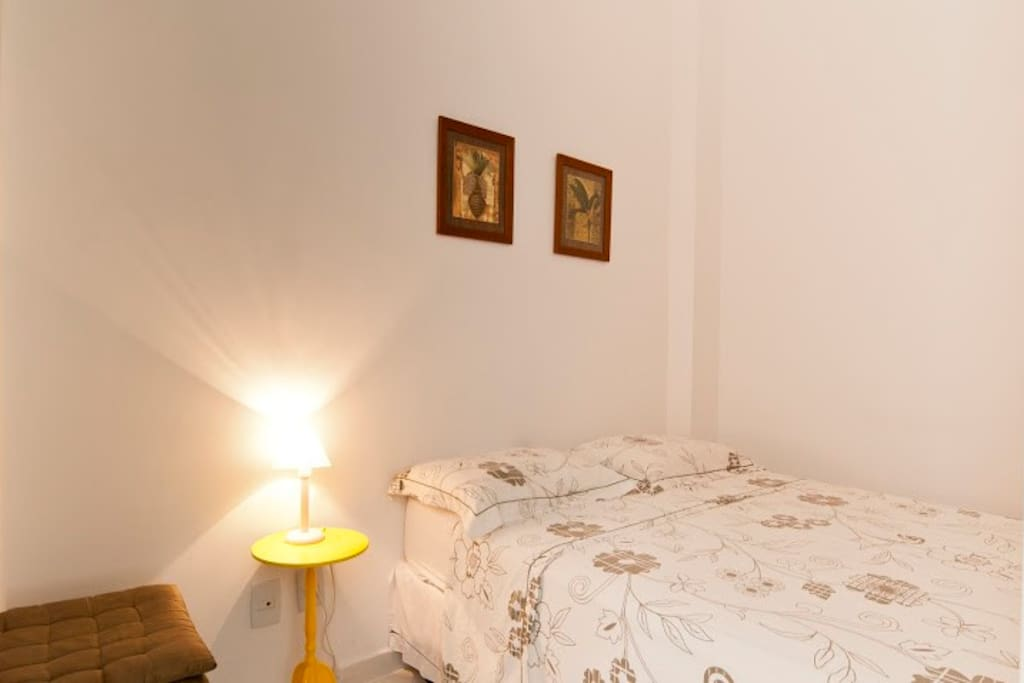 NICE FLAT UP TO 4 GUESTS IPANEMA